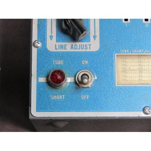 "Customer image:<br/>""indicator lamp"""