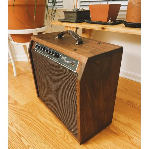 "Customer image:<br/>""Fender Super Champ X2 Head in hand made Cab. """