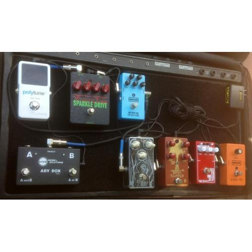 """Customer image:<br/>""""New Knobs from Amplified Parts on my Voodoo Lab Sparkle Drive Pedal. Fit good, look nice, Love&amp;#039;em!"""""""