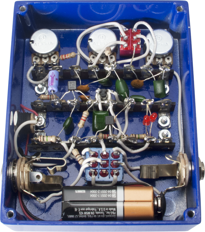 effects pedal kit mod kits the aggressor distortion amplified parts. Black Bedroom Furniture Sets. Home Design Ideas